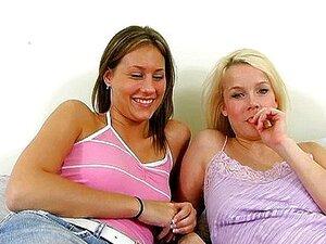 สาวเลสเบี้ยน: วัยรุ่นและหอสังเกตุการณ์
