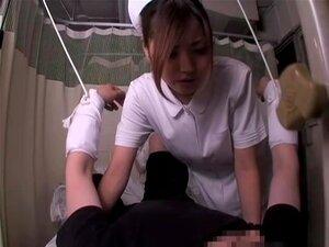 การแพทย์เพศกับเอเชียที่ขี่เย็ด เอะถูกถามจะดูแลผู้ป่วยที่ไม่สามารถย้ายดังนั้นเธอจึงตัดสินใจจะรักษาเขา โดยขี่ไก่ของเขา ในถ้ำมองนี้โป๊วีดีโอ ญี่ปุ่นดอกทอง climaxes หนักหลังจากสกรูปีเตอร์หาดรอบ ๆ ของหีของเธอ