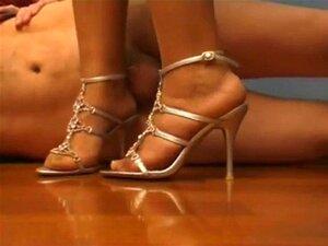 รองเท้าส้นสูง Fick