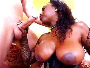 Net wearing Jada is a total sex machine