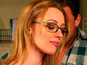 แมธธิวส์ตูด - แว่นตา