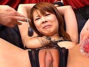 ผูก และกระตุ้น ด้วยเสริม vibrators Sakurako