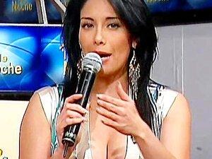 Sugey อบรีโก้ Upskirt Tanguita Bailando TV Noche