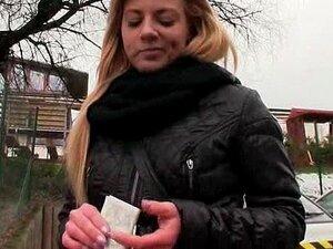 มือสมัครเล่นยายเย็ด และตูดสำหรับเงินสด ก้อนจริงสมัครเล่นยุโรปบลอนด์ยายเชื่อรับฉกสาวและสามีของเธอสำหรับก้อนเงิน