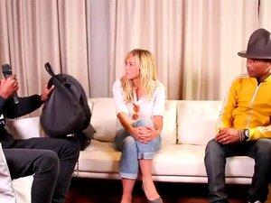 Enora Malagre สัมภาษณ์ฟาร์เรลล์วิลเลียมส์