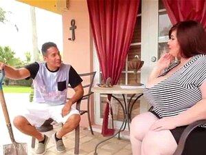 ผู้หญิงอ้วน fucks groundskeeper