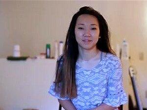 อายุ 18 ปีโรงเรียนเอเชียพูดถึง BF ของเธอในขณะที่ฉันมีเพศสัมพันธ์ของเธอฝ่า