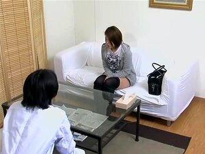เพศกับผู้ป่วยญี่ปุ่นเจาะยาก โดยไก่ veiny ร่านเอเชียเช่นโนะริโกะชอบตุ้ยนุ้ยฉ่ำที่ตรวจสอบแต่ละครั้งที่พวกเขาไปที่คลินิก ในภาพยนตร์นี้ถ้ำกับฉากง่ายๆ อุโมงค์รักเธอเปียกเป็นฮัมในลักษณะหยาบมาก