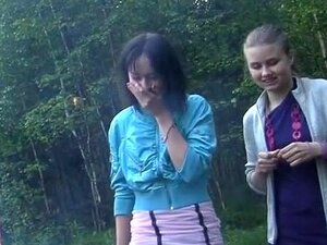 นักเรียนรัสเซียจัดเป็นสุราในป่า