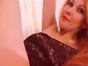 ภรรยา masturbates เล่นคนเดียวร้อนมาก