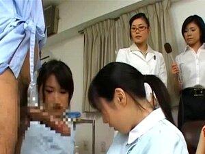 รุ่น AV ญี่ปุ่นและเพื่อนของเธอ