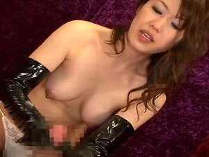JAV Idol - ejaculation with vinyl gloves