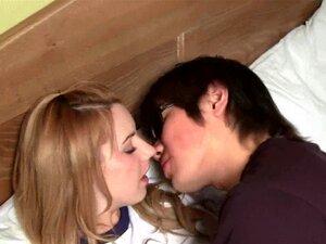 คาเมรอนดิแอลิ้นจูบผู้ชายเอเชีย HD