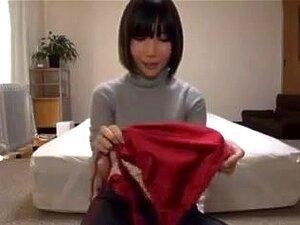 Sexy Japanese woman massage oil,