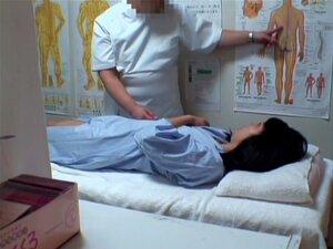 เจี๊ยบ Jap ลำบากชั้นในนวดซ่อนวิดีโอ หีมีขนดก และสวยมากญี่ปุ่นได้รับหีของเธอแตกเปิด โดย pecker masseur.s ของเธอ และรับควยใหญ่ในวิดีโอนี้นวดถ้ำมอง และมันดูดีแค่ในทุกด้าน