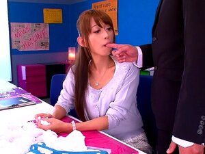 Airi Kijima in Temptation Class part 1,