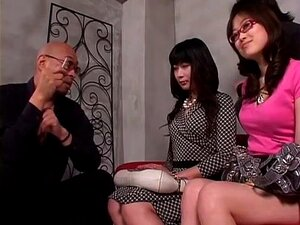 Devilishly hot Japanese bimbo in kinky group sex action. Very horny and quite fuckable Japanese broad has sex with men and women in this Japanese group sex video.