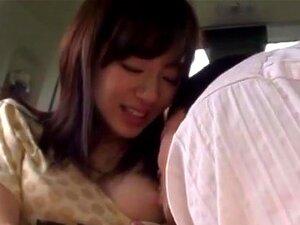 บา Ooshima จะปิดบนเครื่องสั่นและเจาะลึก เซ็กซี่เอเชียวัยรุ่นริ Ooshima อยู่ในรถกับผู้ชายของเธอของเธอ ไม่ยอมงานมือ และเขาจะเล่นกับหีของเธอได้รับเธอกระตุ้นเพียงพอสำหรับเธอยึดเขาสำหรับไก่ขี่กลางแจ้ง เธอสนุกกับการเจาะลึก และความคิดของการถูกจับในที่สาธารณะทำให