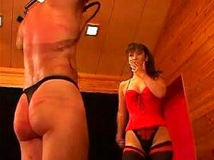 Femdom japansee whipping,