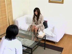 ฉันหนักเจาะอุโมงค์แห่งความรักในภาพยนตร์สายลับน่ารักญี่ปุ่น วันหนึ่งผู้ป่วยญี่ปุ่นของผมมาให้คลินิก และถามฉันจะรักษาเธออย่างใด ในหนัง spy cam นี้ ฉันมีเธอการรักษาที่ดีที่สุดในโลกซึ่งประกอบด้วยการเจาะหยาบมาก