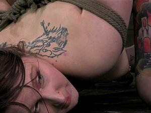 Tattood bdsm ย่อยหียืดกว้าง