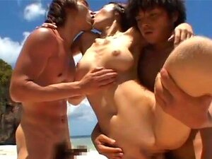 Anri Suzuki ซนเอเซียมีสาวเพศสัมพันธ์บนชายหาด Anri เป็น gal ที่เอเชียน่ารักที่ชอบการอาบแดดบนชายหาด เธอเมื่อเห็นเธอแฟนของเธอ และตัดสินใจที่จะปลุกเธอ เพื่อนของเขามีมากเกินไปเพื่อ goung มีกลุ่มสาววัยรุ่นนี้ เธอได้รับมัน doggy สไตล์ และไม่บางน่องเนื่องจากเธอยั