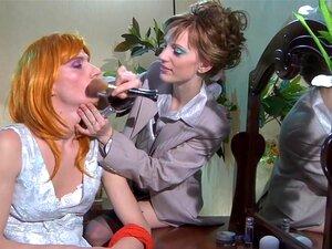 StraponSissies วิดีโอ: Rosa และแรนโดล์ฟ ดูเป็น whiney น้อยน้องสาวแรนโดล์ฟนี่ชักแน่นน่ารังเกียจทำลาย โดยโสเภณีสกปรกแม่โร คนโง่ whiney ใน getup ของเขา และหลังบางเลอะเทอะจูบ คู่ซนเขารับลงไปที่ธุรกิจ โรซาแบ่งออก strapon เธอใหญ่ และได้รับในกับก้นบางอย่างโหดร้า