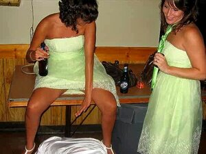 จริงตื่นเต้นเช่น Brides !, จริงผู้หญิงสาธารณะจับในตำแหน่งที่น่าอับอายในช่วงวันแต่งงาน ตันภายใต้กระโปรง ลามกจริง gals ในชุดชั้นในเจ้าสาวและมากกว่าเดิมที่ประกอบด้วยสไลด์โชว์อย่างอืน