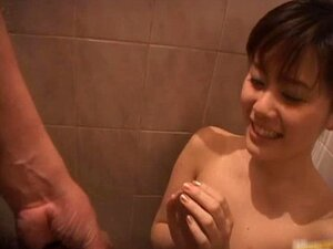 Haruna Itoh gives an amazing blowjob part1