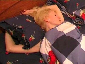 Sleeping Babes Fox Sleep 01,