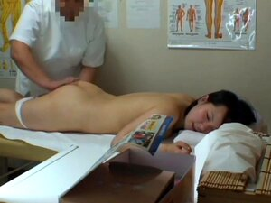 The real massage orgasm got by amateur voyeured on cam