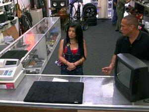 คิวบาเจี๊ยบขาย TV เธอ และตอกยากที่โรงจำนำ คิวบาเจี๊ยบระยำในห้องจัดเตรียมหลัง pawnkeeper บังเอิญเธอ ke TV ขายโรงจำนำ