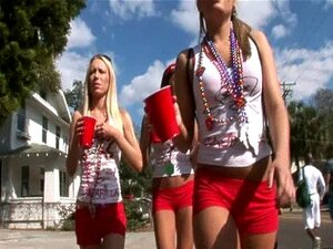 4 girls flashing on the streets of tampa for gasparilla