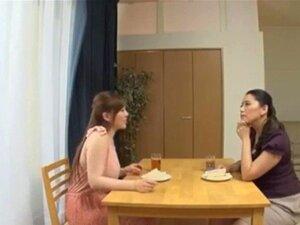เรื่องเลสเบี้ยนกับแม่ญี่ปุ่น