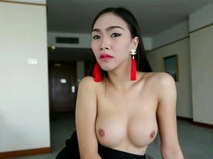 Hello LadyBoy - Smoking Hot 21 Year Old Ladyboy Gets Fucked