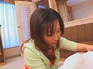 เงี่ยนญี่ปุ่น Iori Shiina ในวิดีโอ JAV นวดบ้า