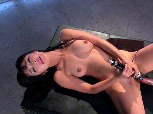 Asian solo babe fucking machine