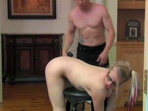สูญเปล่าวิดีโอ: BDSM บาร์บีคิว หลัก Eric X รักสองสิ่งในโลกนี้บ้า flogging ย่อยของเขาและขาของเขาเชื่อถือ วันนี้เป็นวันพิเศษ เพราะเขาได้รับ s กับทั้งสอง สำหรับ X หลักย่างดีสำหรับความเครียด และผ่อนคลาย อย่างไรก็ตามเมื่อ Sicilia เริ่มเสียงหอนสนใจ เอริครู้บ่าย