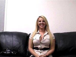 สัมภาษณ์พรสาวใหญ่ Titted สนุก