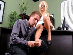 Office whore Kayla Kayden has him massage her feet