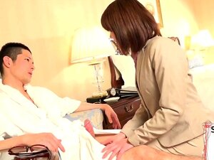 Japanese tgirl wanking while drilled