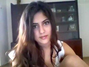 สาวอินเดียน่ารักแสดงสาวเว็บแคม