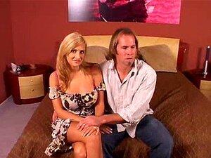 : ภรรยา Ava และรอสส์