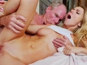 Big brother reality blowjob Molly Earns Her